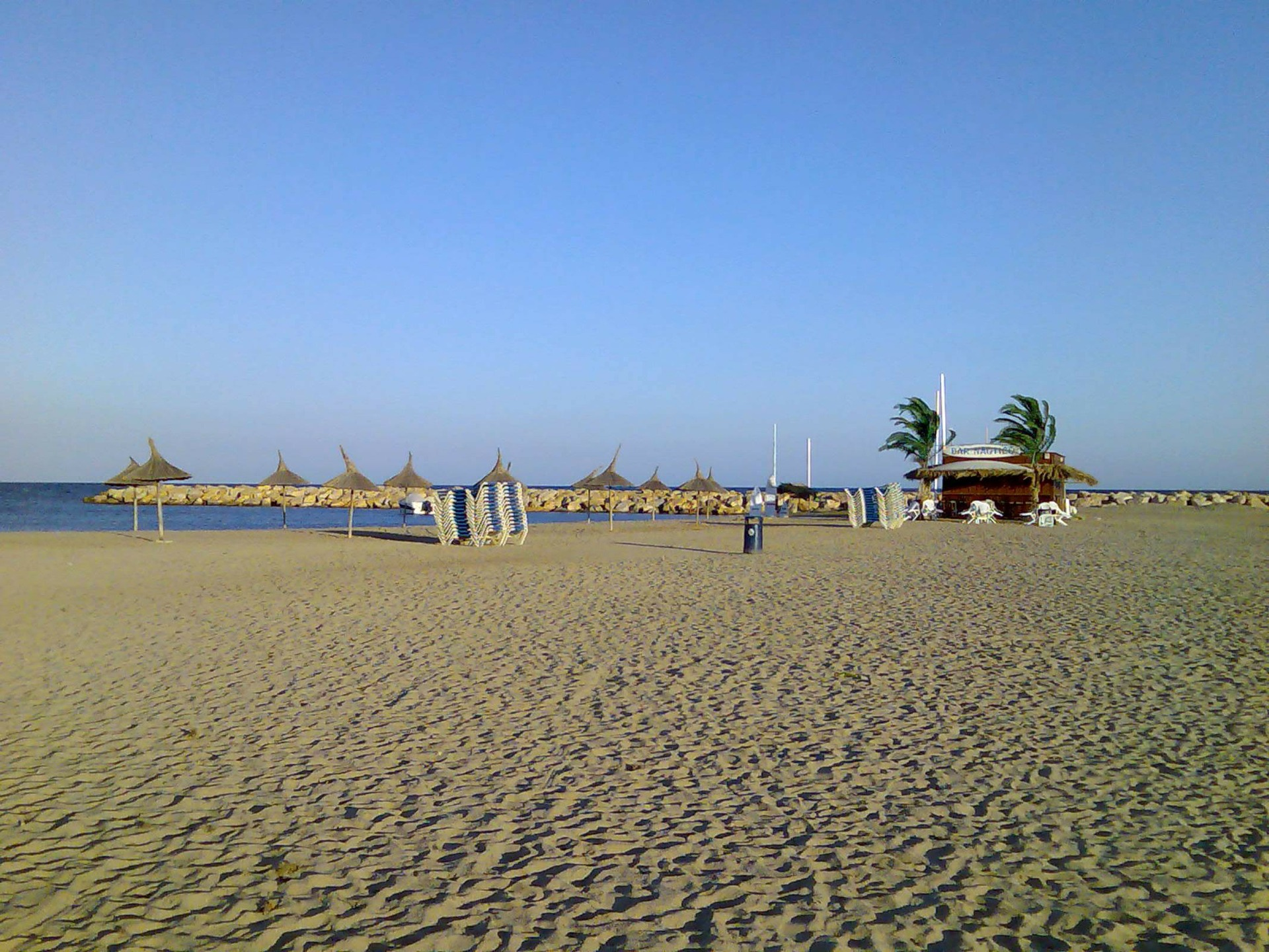 schöner Sandstrand an der Costa Daurada